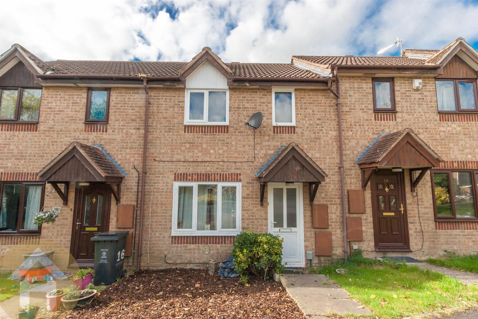 2 Bedrooms Terraced House for sale in Rannoch Close, Sparcells, Swindon